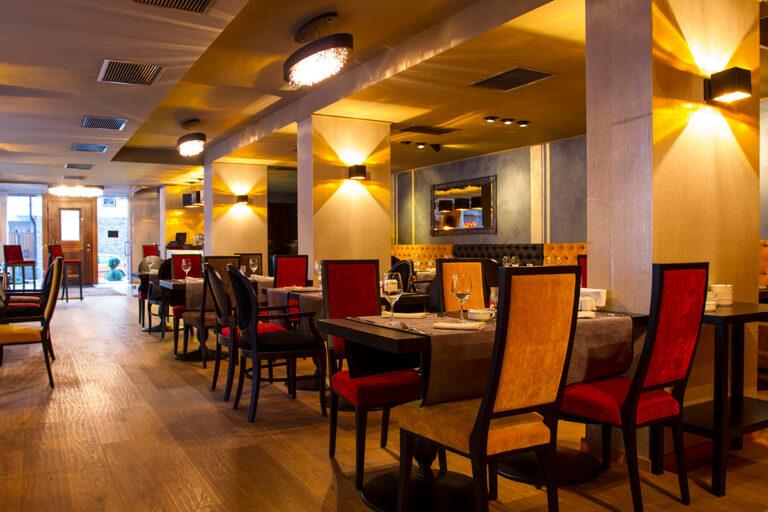 feat_prezentare_restaurant01